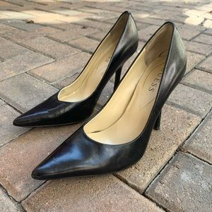 Guess Pointed Toe Pumps